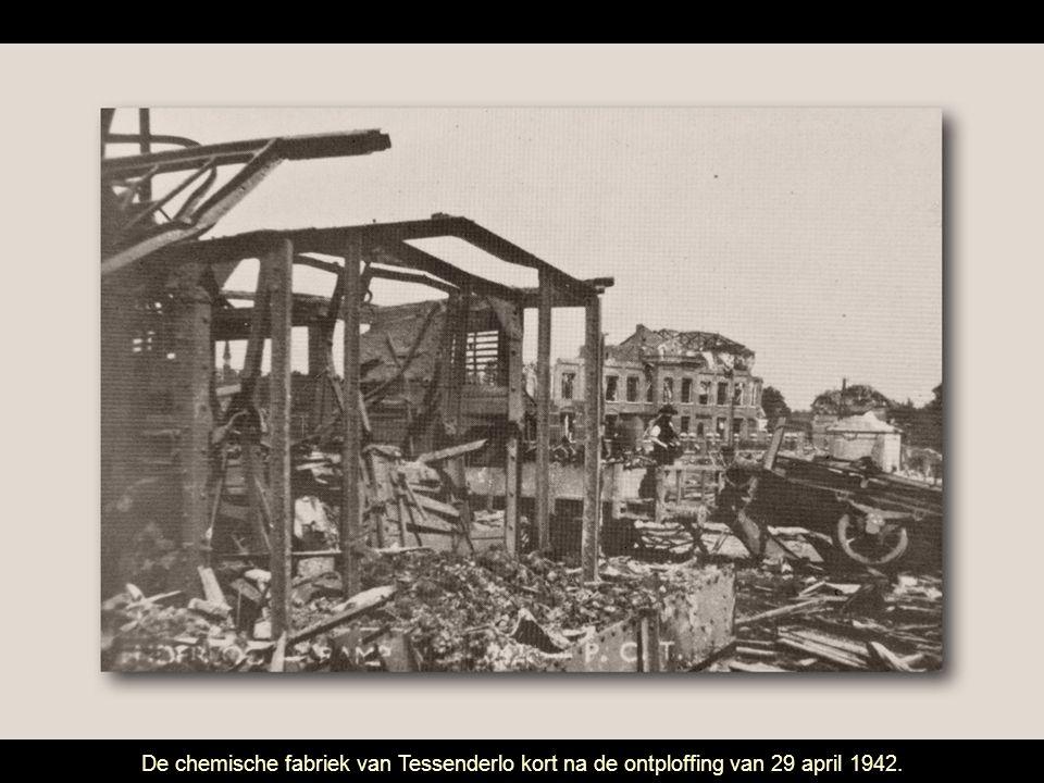 De chemische fabriek van Tessenderlo kort na de ontploffing van 29 april 1942.