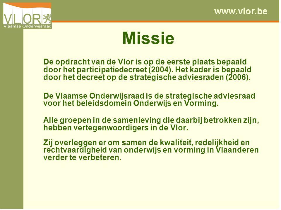 Missie De opdracht van de Vlor is op de eerste plaats bepaald door het participatiedecreet (2004). Het kader is bepaald door het decreet op de strateg
