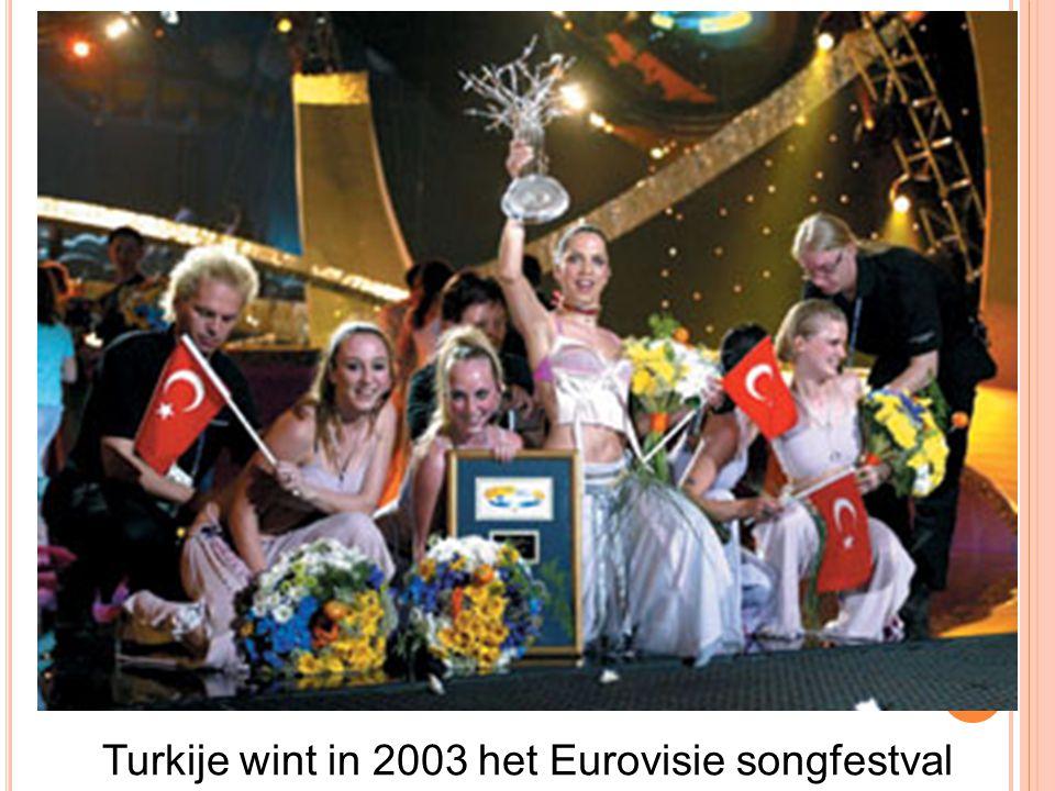 Turkije wint in 2003 het Eurovisie songfestval