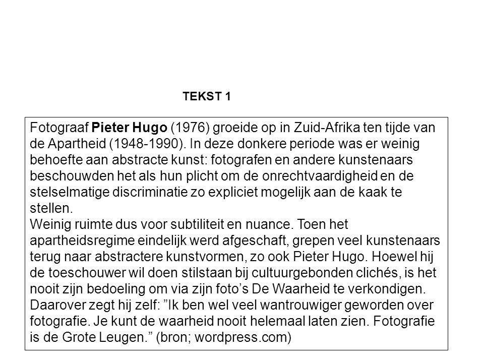 Fotograaf Pieter Hugo (1976) groeide op in Zuid-Afrika ten tijde van de Apartheid (1948-1990).