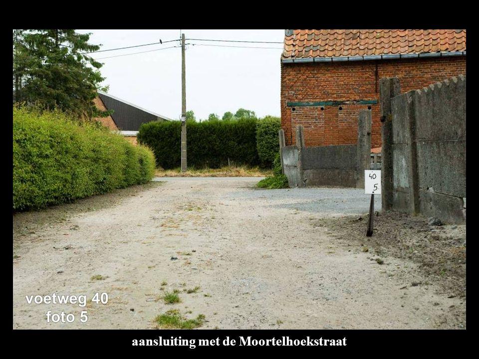 aansluiting met de Moortelhoekstraat