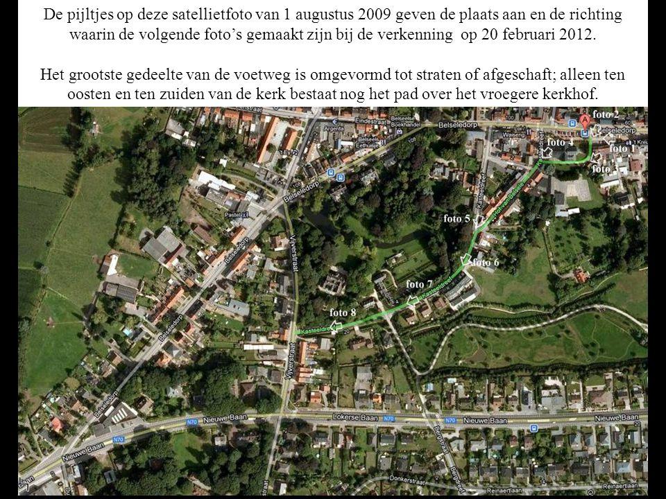 De pijltjes op deze satellietfoto van 1 augustus 2009 geven de plaats aan en de richting waarin de volgende foto's gemaakt zijn bij de verkenning op 20 februari 2012.