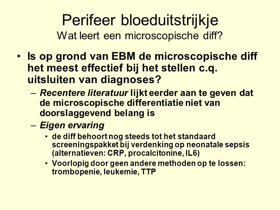 Perifeer bloeduitstrijkje het maken van een uitstrijkje EDTA-ontstold veneus bloed Capillair bloed (vooropwarmen van de handen, ring- of middenvinger (li)) Binnen de 2 uur na afname Horizontaal laten drogen (niet waaien) Direct identificeren …