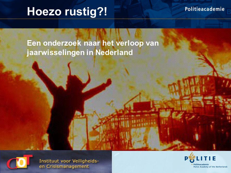 Op enkele incidenten na is de jaarwisseling rustig verlopen De jaarwisseling is in Nederland helemaal niet rustig verlopen , zegt korpschef Van Zwam.