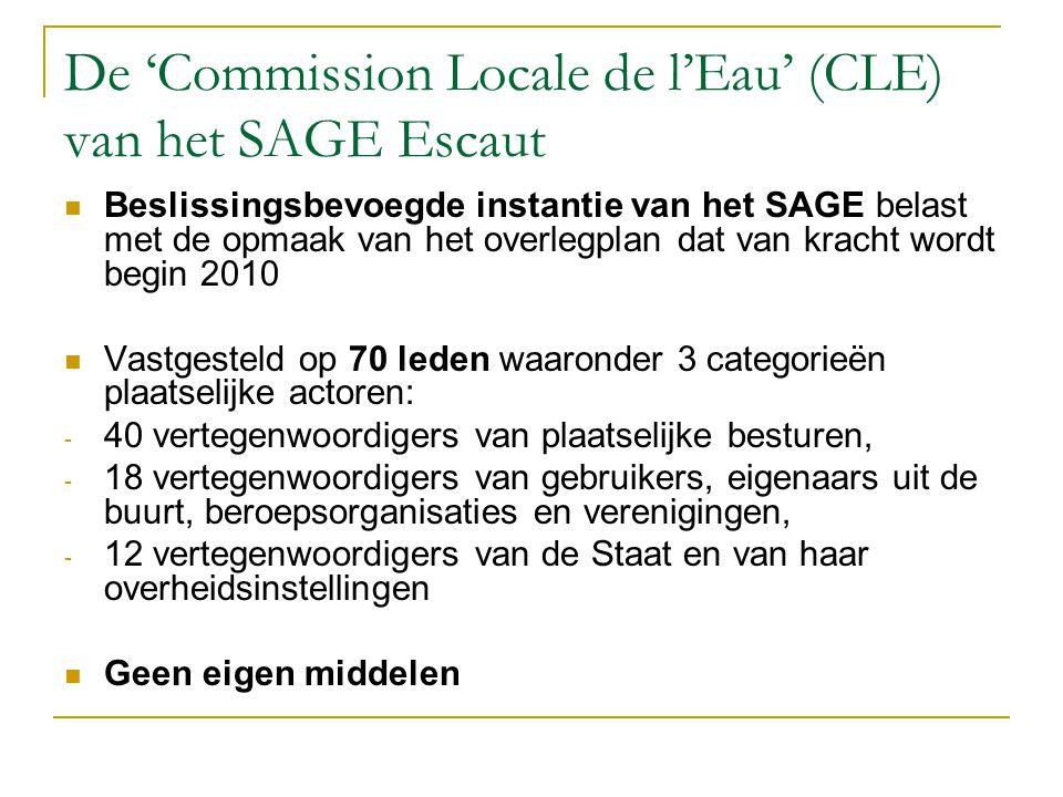 De 'Commission Locale de l'Eau' (CLE) van het SAGE Escaut Beslissingsbevoegde instantie van het SAGE belast met de opmaak van het overlegplan dat van kracht wordt begin 2010 Vastgesteld op 70 leden waaronder 3 categorieën plaatselijke actoren: - 40 vertegenwoordigers van plaatselijke besturen, - 18 vertegenwoordigers van gebruikers, eigenaars uit de buurt, beroepsorganisaties en verenigingen, - 12 vertegenwoordigers van de Staat en van haar overheidsinstellingen Geen eigen middelen
