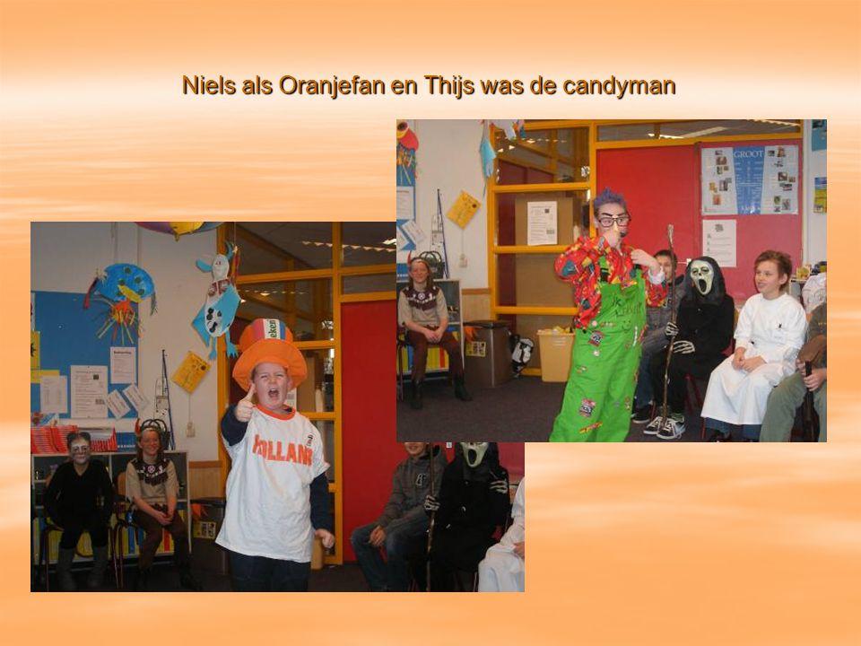 Niels als Oranjefan en Thijs was de candyman