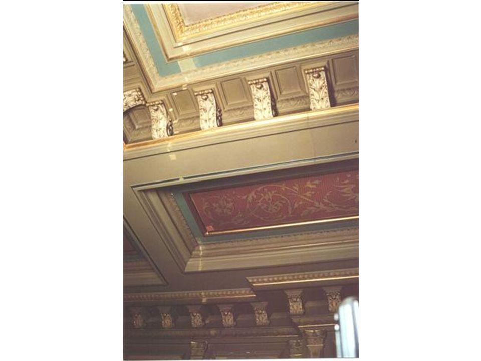 Koninklijke Wachtkamer Project: De Haagse Koninklijke Wachtkamer, ook wel genoemd: 'Het Koninklijke Paviljoen' is een van de best bewaarde voorbeelden van de negentiende-eeuwse Neo-renaissance architectuur in Nederland.