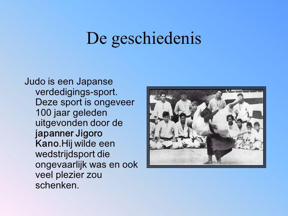 Hij haalde de gevaarlijke technieken zoals de been en nek klemmen en ook de schoppen en de slagen uit het jiu- jitsu en noemde het Judo.