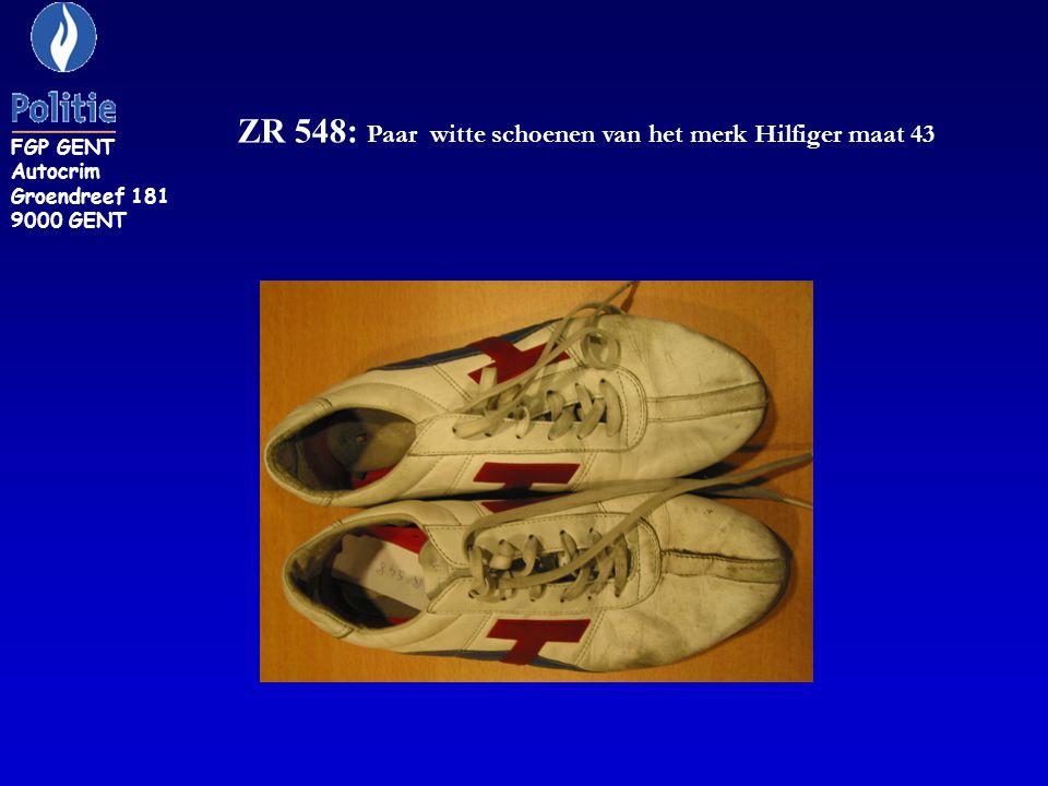 ZR 548: Paar witte schoenen van het merk Hilfiger maat 43 FGP GENT Autocrim Groendreef 181 9000 GENT