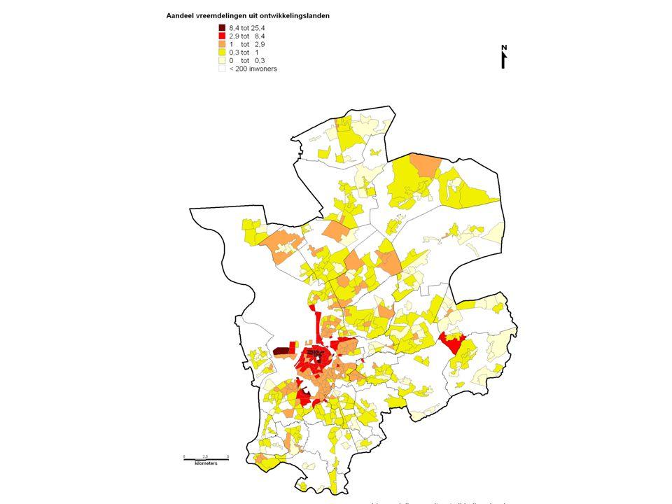 Segregatie?… (12%) (22%) (44%) 75% van alle Belgen in het Antwerpse stadsgewest woont in een buurt met meer dan 90% Belgen…..