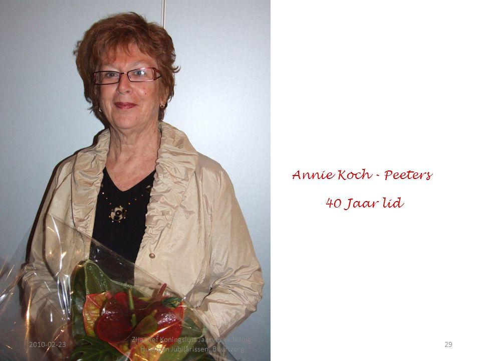2010-02-2329 Zijactief Koningslust Jaarvergadering, Huldigen Jubilarissen, Buurtzorg Annie Koch - Peeters 40 Jaar lid