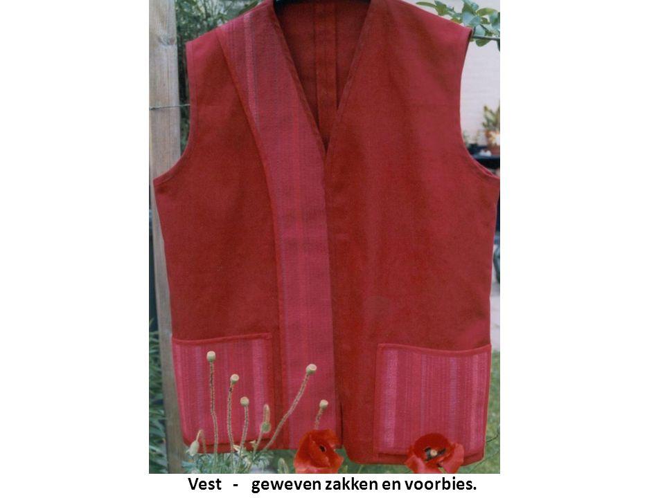 Vest - geweven zakken en voorbies.
