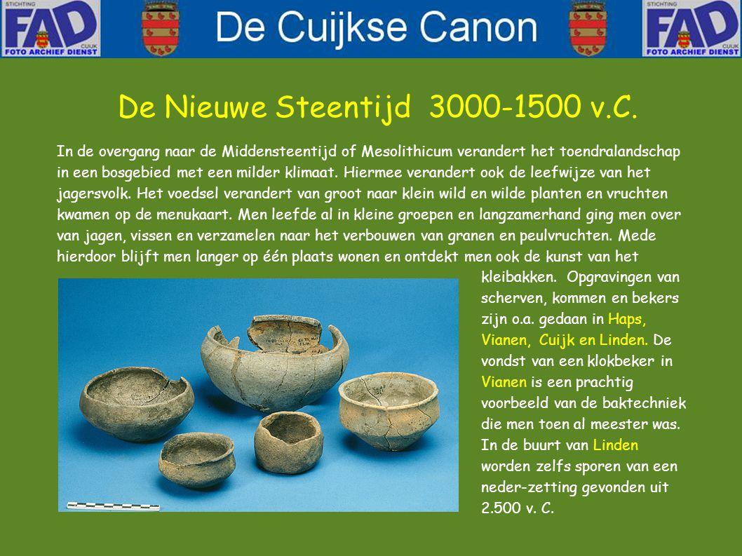 Men gaat er van uit dat het gebied rond Cuijk voor het eerst door mensen is bezocht zo'n 12.000 jaar geleden, na het einde van de laatste ijstijd. De