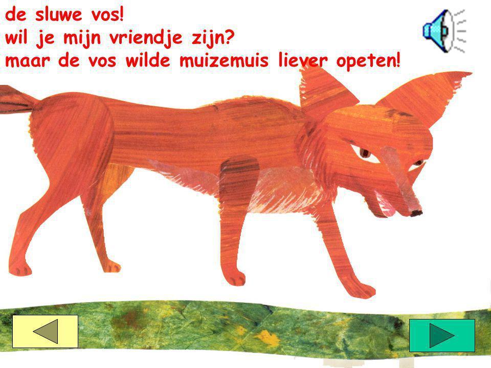 muizemuis zag een rode bos, de pluimstaart van