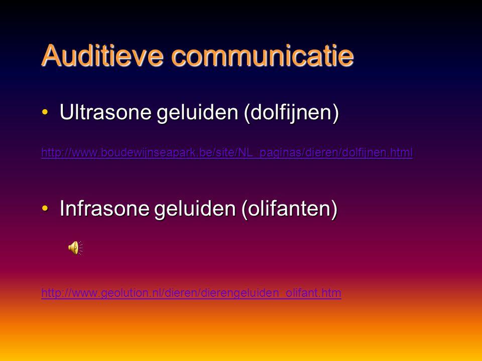 Auditieve communicatie Voordelen:Voordelen: geen hinder van obstakels of duisternisgeen hinder van obstakels of duisternis in water kunnen grote afsta
