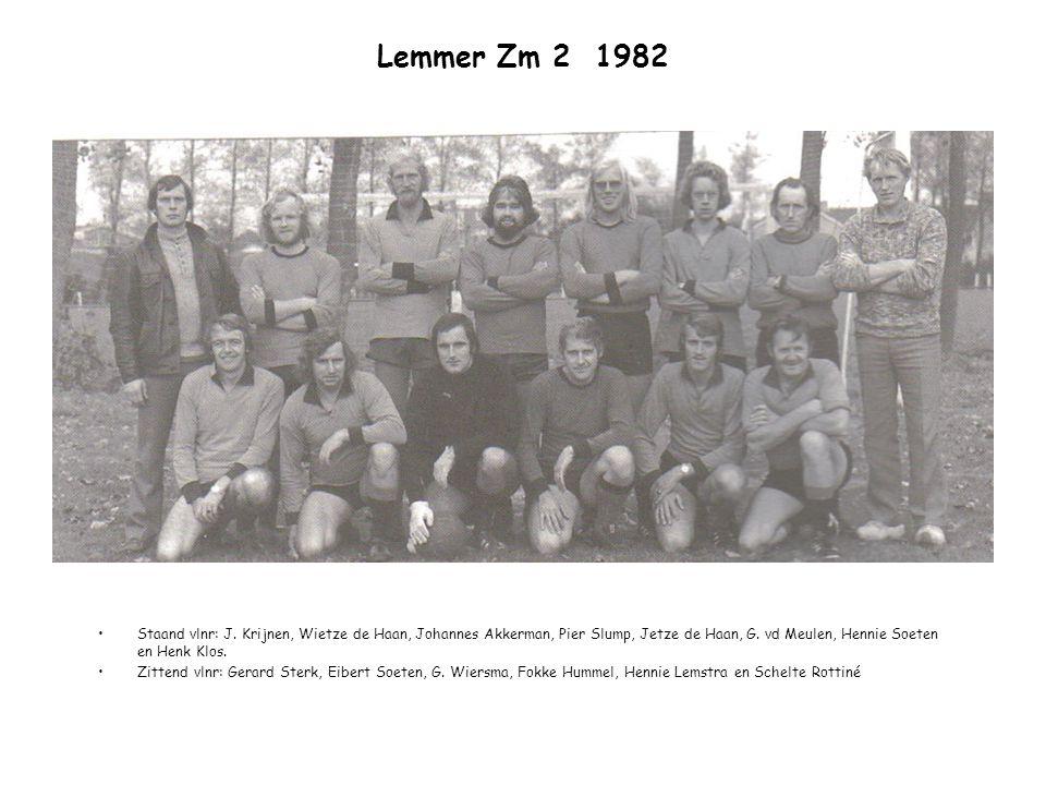 Lemmer Zm 2 1982 Staand vlnr: J. Krijnen, Wietze de Haan, Johannes Akkerman, Pier Slump, Jetze de Haan, G. vd Meulen, Hennie Soeten en Henk Klos. Zitt