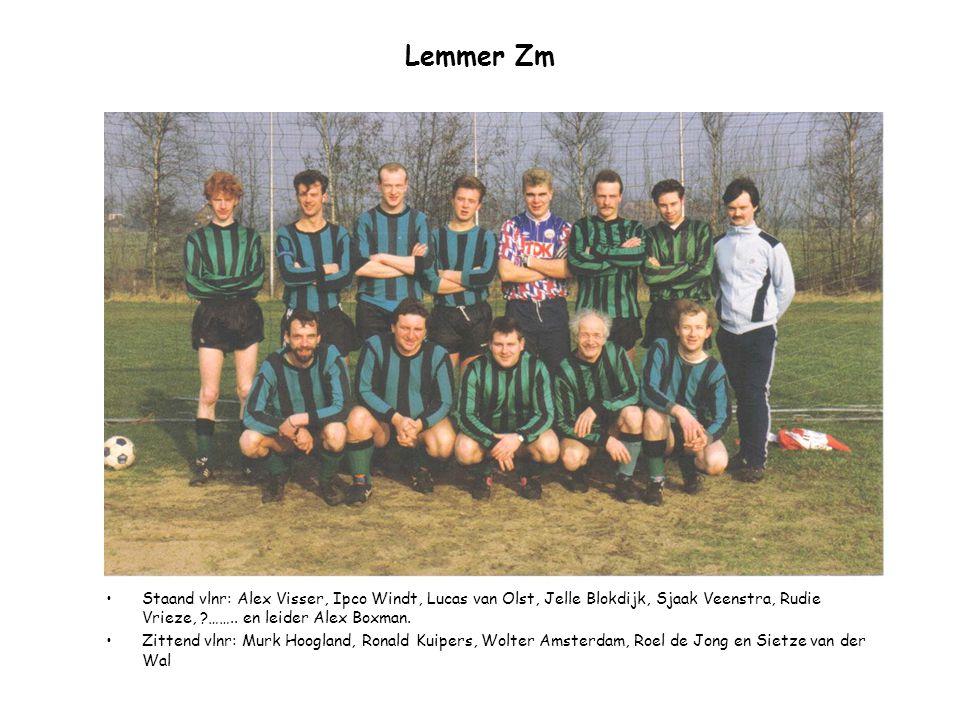 Lemmer Zm Staand vlnr: Alex Visser, Ipco Windt, Lucas van Olst, Jelle Blokdijk, Sjaak Veenstra, Rudie Vrieze, ?…….. en leider Alex Boxman. Zittend vln