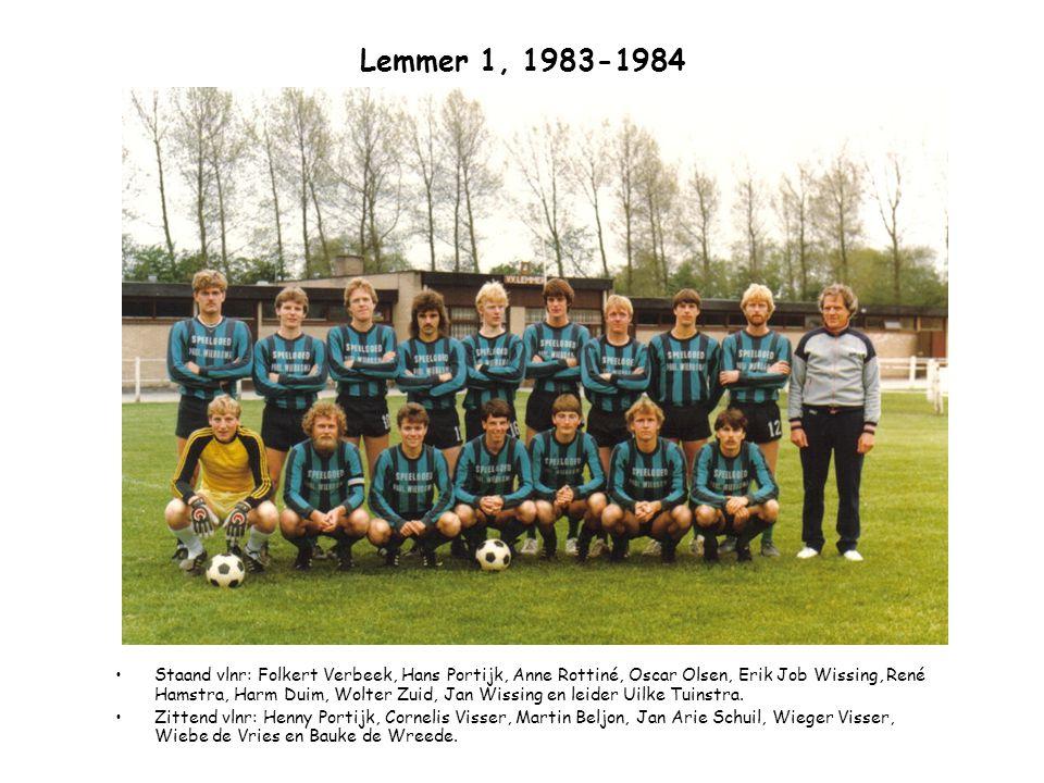 Lemmer 1, 1983-1984 Staand vlnr: leider Uilke Tuinstra, Folkert Verbeek, Jan Wissing, Oscar Olsen, Aone Rottiné, Ducky Thijsseling, Jan Arie Schuil, René Hamstra en Wieger Visser.