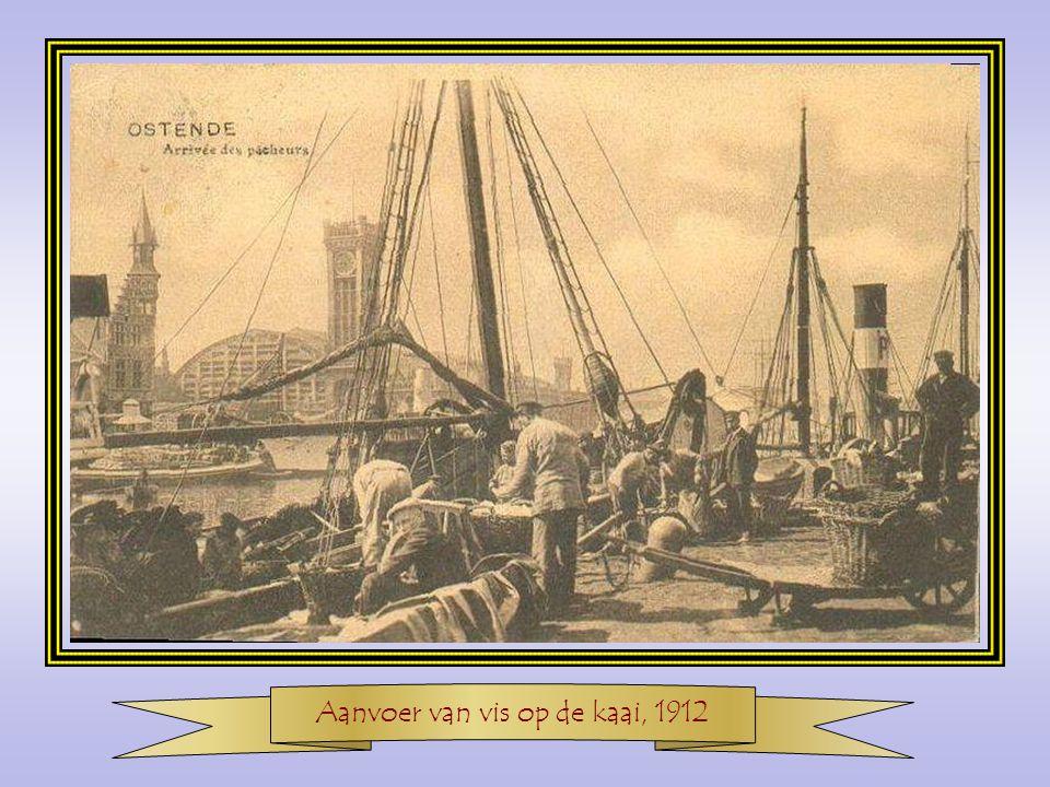 Aanvoer van vis op de kaai, 1912