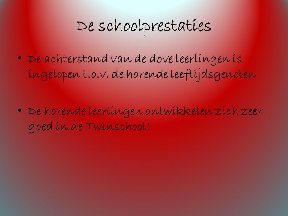 De schoolprestaties De achterstand van de dove leerlingen is ingelopen t.o.v.