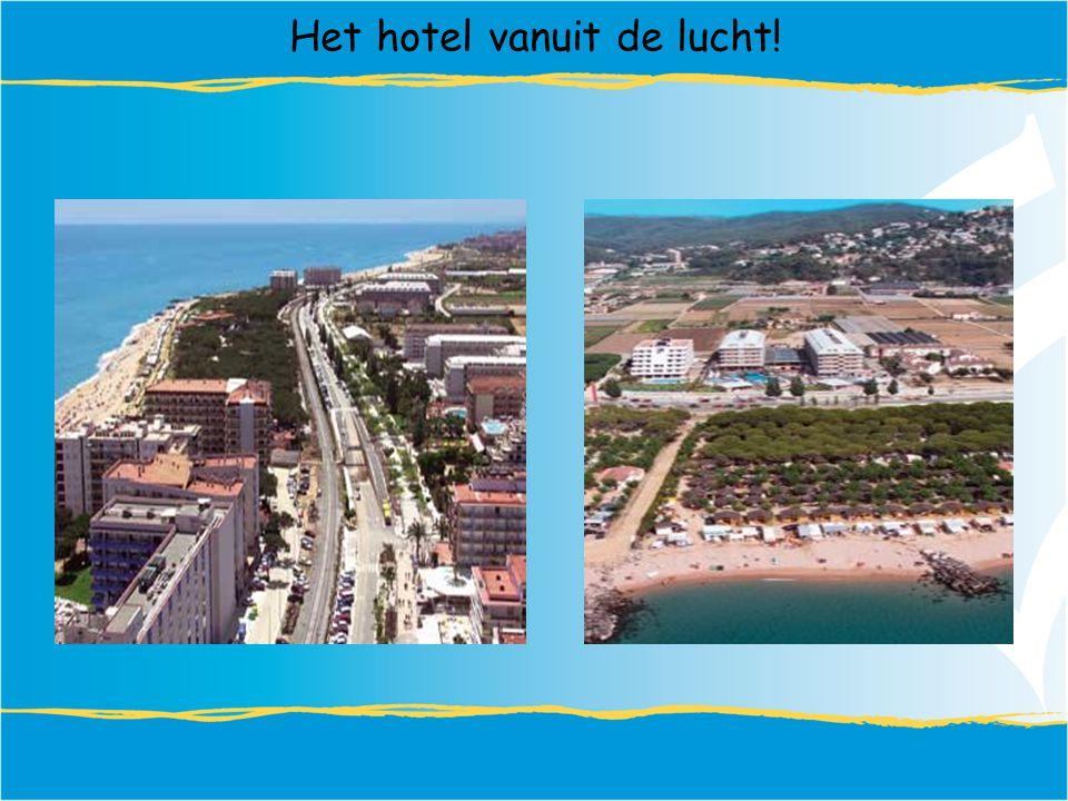 Het hotel vanuit de lucht!