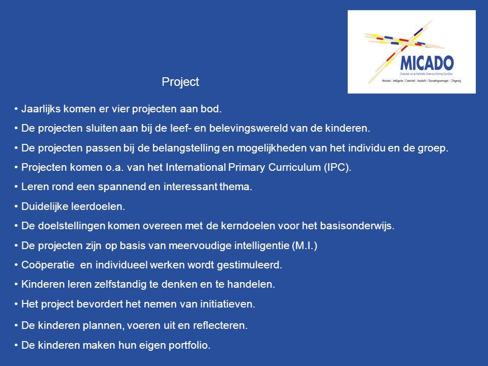 Project Jaarlijks komen er vier projecten aan bod. De projecten sluiten aan bij de leef- en belevingswereld van de kinderen. De projecten passen bij d