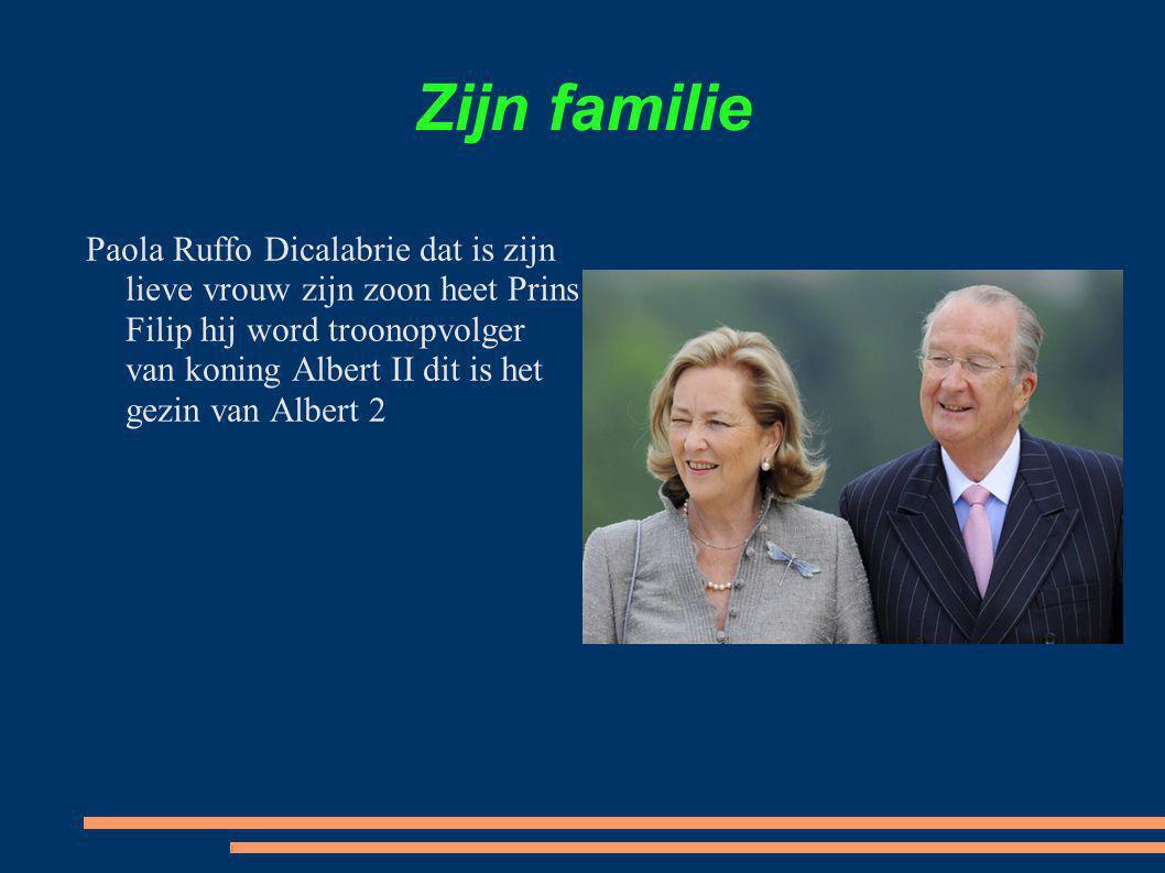 Zijn familie Paola Ruffo Dicalabrie dat is zijn lieve vrouw zijn zoon heet Prins Filip hij word troonopvolger van koning Albert II dit is het gezin va
