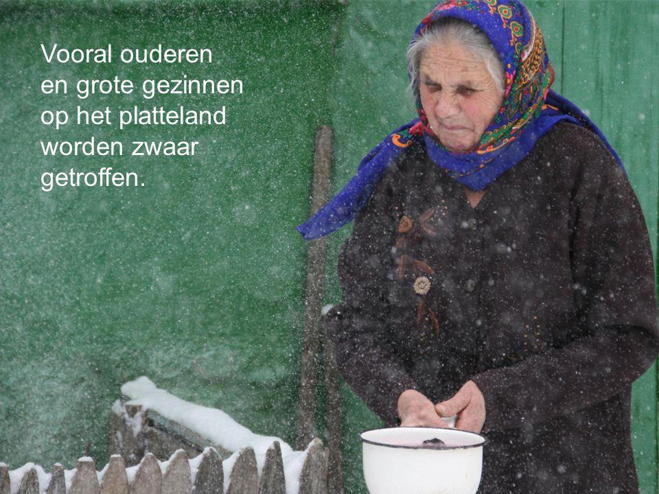 Vooral ouderen en grote gezinnen op het platteland worden zwaar getroffen.