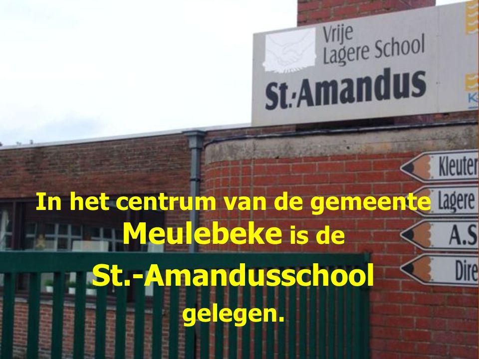 In het centrum van de gemeente Meulebeke is de St.-Amandusschool gelegen.