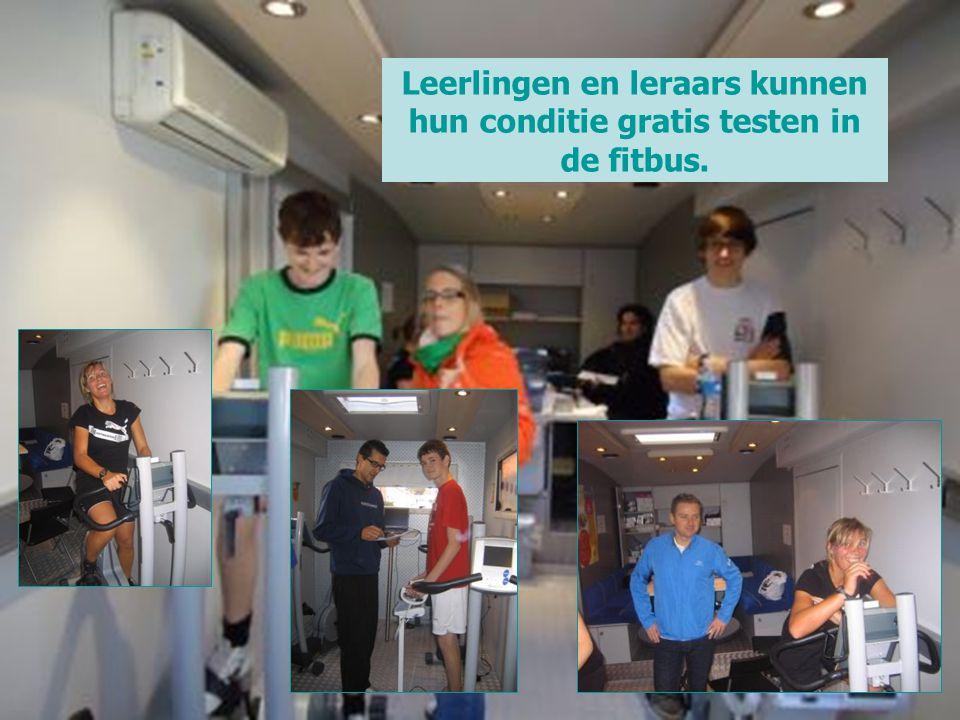 Leerlingen en leraars kunnen hun conditie gratis testen in de fitbus.