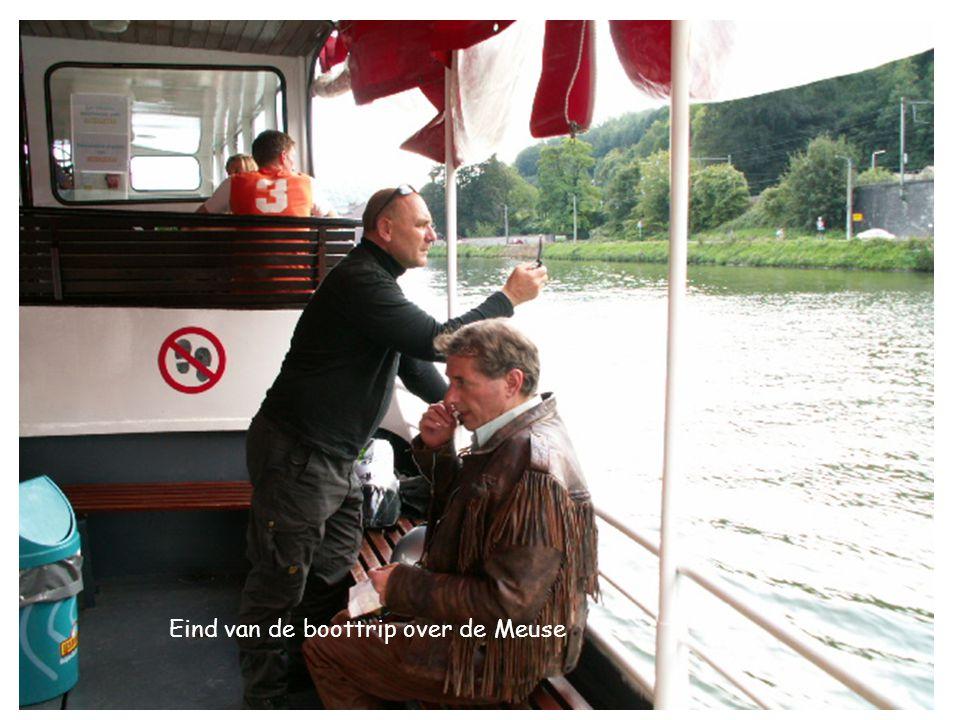 Eind van de boottrip over de Meuse