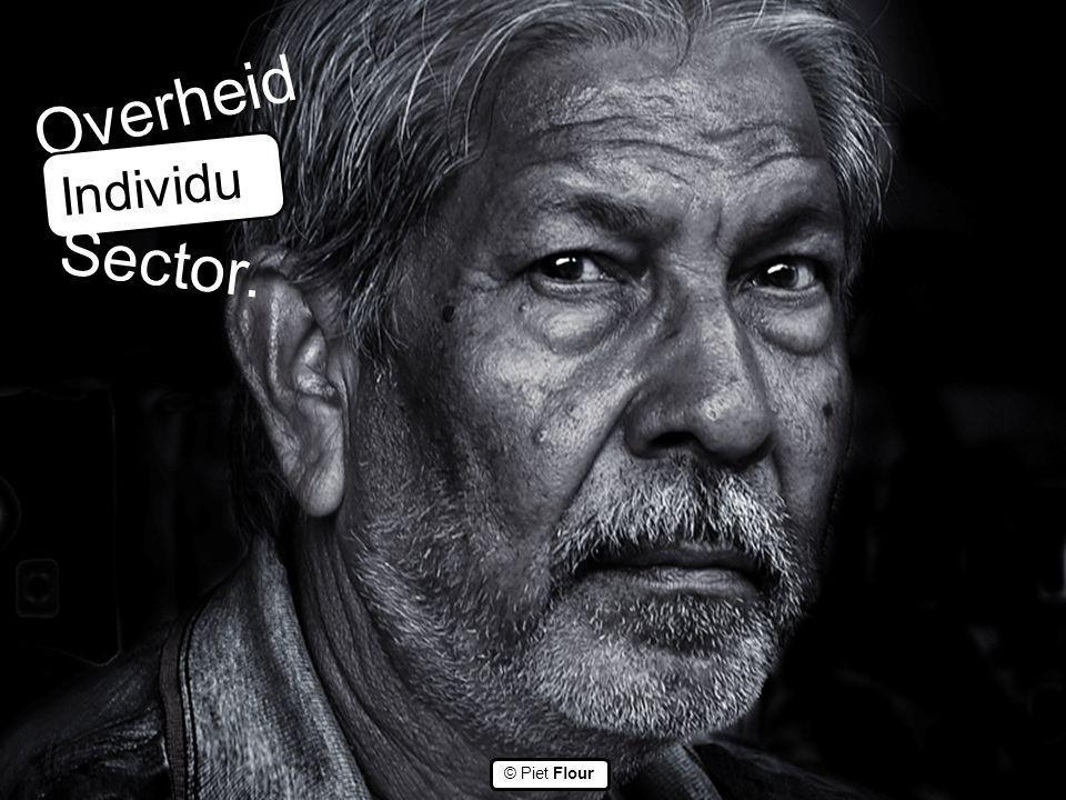 ©© © Piet Flour Overheid Individu Sector.