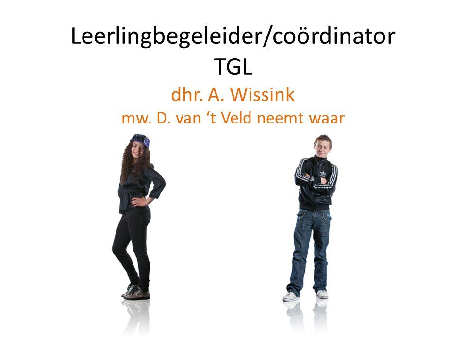 Leerlingbegeleider/coördinator TGL dhr. A. Wissink mw. D. van 't Veld neemt waar