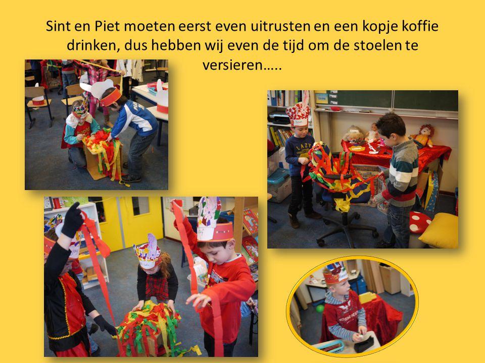 En vol spanning af te wachten tot Sinterklaas en zijn Pieten bij ons in de klas komen