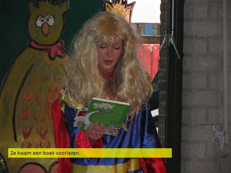 Ze kwam een boek voorlezen.