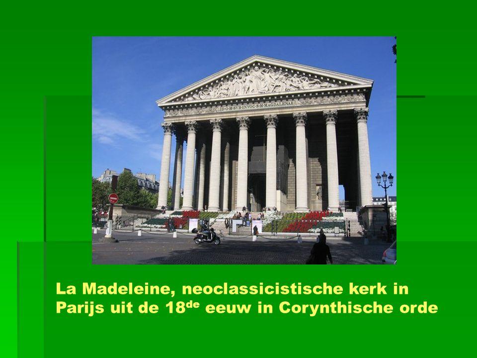 La Madeleine, neoclassicistische kerk in Parijs uit de 18 de eeuw in Corynthische orde