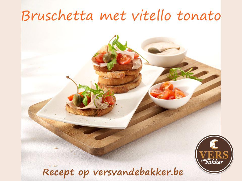 Altijd een lekker idee bij je bakker Meer inspiratie op www.versvandebakker.be Crostini met ham en peer