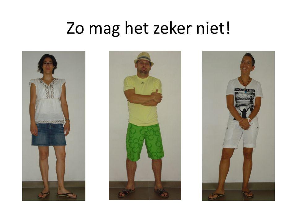 Wat is er precies mis.T-shirt is niet effen wit. Rok en korte broek boven de knie.