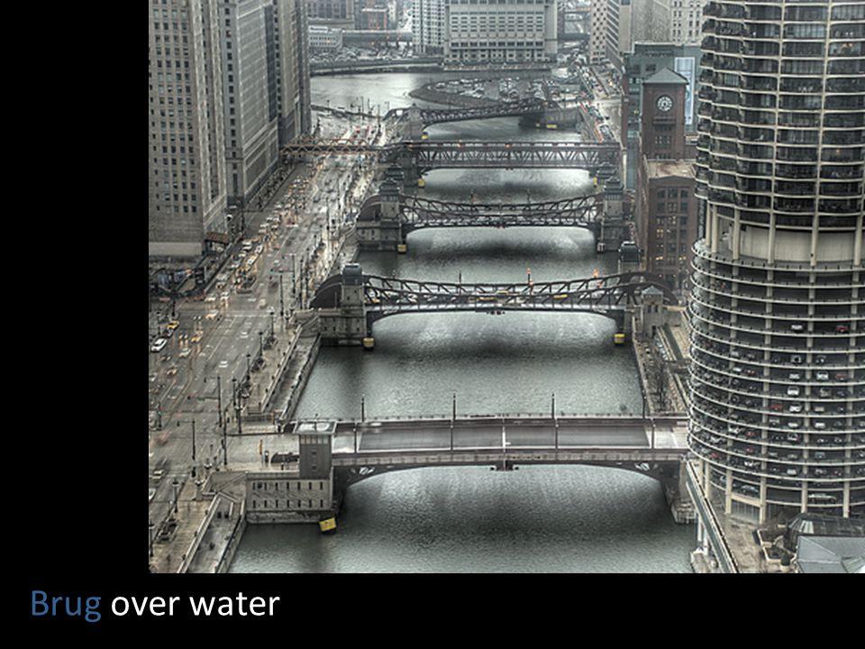 Brug over water