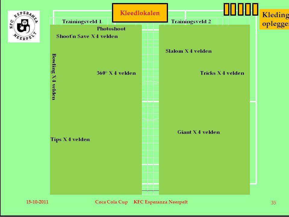 Kleedlokalen Kleding opleggers 15-10-2011Coca Cola Cup KFC Esperanza Neerpelt 35