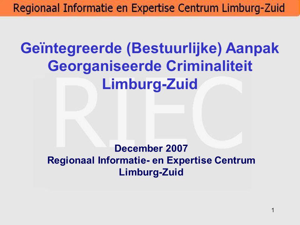 12 Regionaal Informatie en ExpertiseCentrum per 11-9-2007 Samenstelling regionaal informatie en expertisecentrum: -Projectmanager -Projectleider /Analist -Projectleider / Fin.ec.