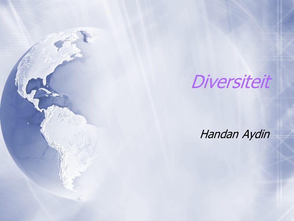 Diversiteit  Het bewust omgaan met verscheidenheid van groepen mensen in de samenleving en daarmee binnen organisaties  Diversiteit is een middel, geen doel  Capaciteiten van mensen inzetten om organisatie-doelen te behalen  Het bewust omgaan met verscheidenheid van groepen mensen in de samenleving en daarmee binnen organisaties  Diversiteit is een middel, geen doel  Capaciteiten van mensen inzetten om organisatie-doelen te behalen