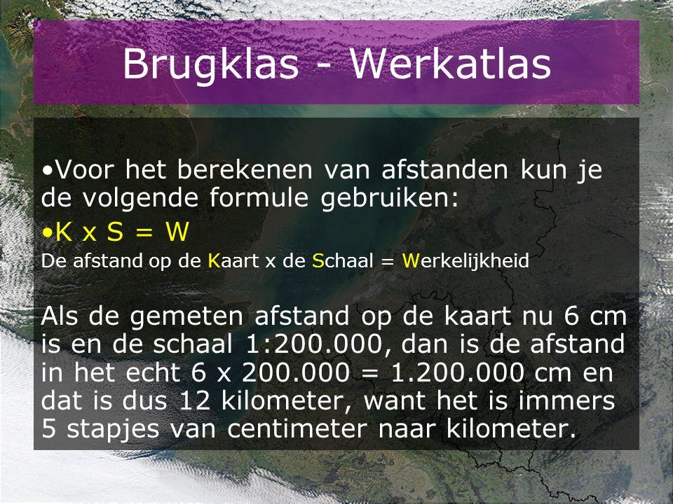 Werkatlas // Schaal Opdracht 2 Neem onderstaande kaarten voor je en meet en bereken de gevraagde afstanden tussen Groningen en Assen en zet ze in de tabel Kaartnr.Schaal Afstand in cmAfstand in km 34-35 32 44B