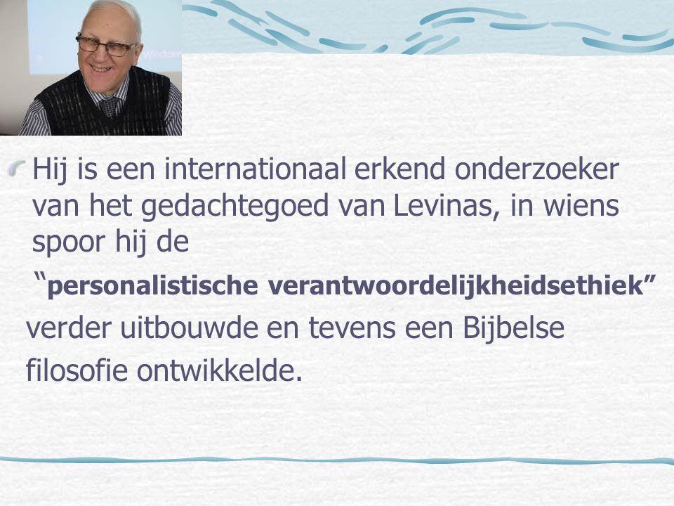 Hij is geestelijk directeur van het Heilige Geestcollege te Leuven.