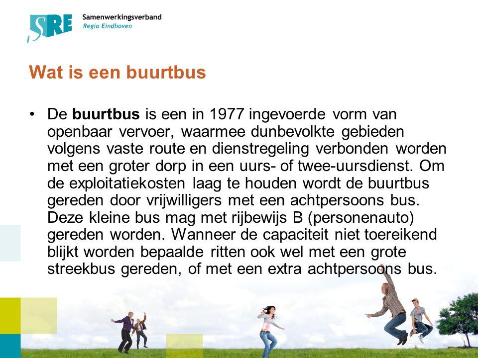 Wat is een buurtbus De buurtbus is een in 1977 ingevoerde vorm van openbaar vervoer, waarmee dunbevolkte gebieden volgens vaste route en dienstregeling verbonden worden met een groter dorp in een uurs- of twee-uursdienst.