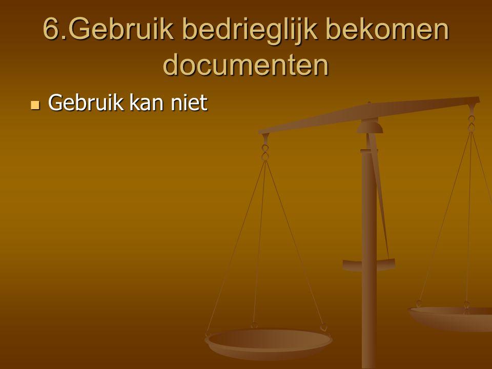 In naam van de verzekerde Bij strijdige belangen, verzekeraar verzoeken om persoonlijke raadsman aan te duiden Bij strijdige belangen, verzekeraar ver