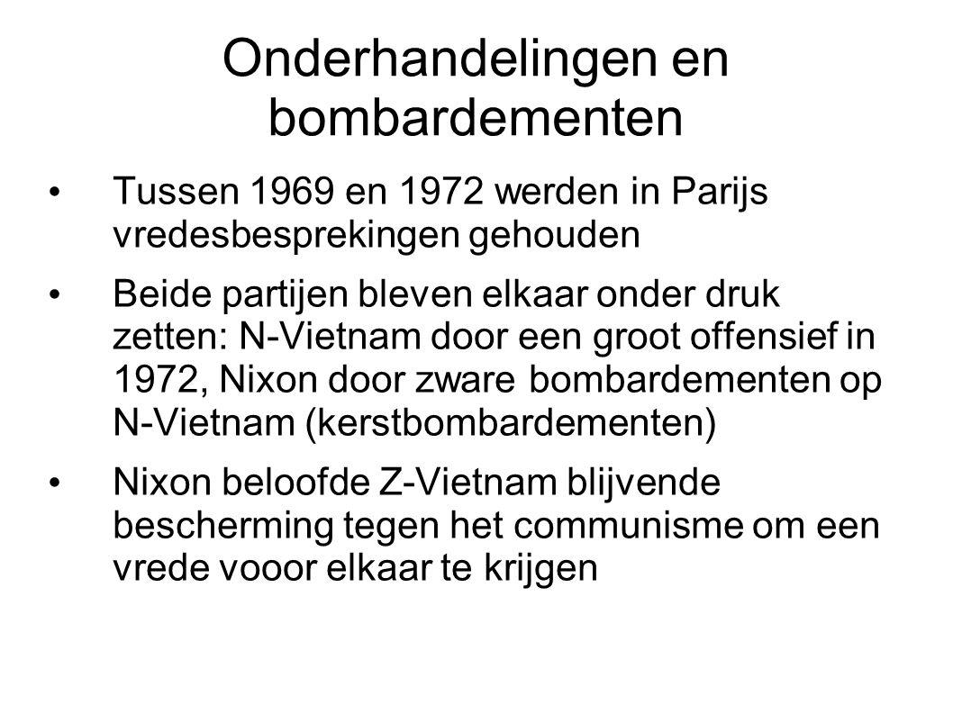 Vredesakkoorden van Parijs Op 23 januari 1973 werd in Parijs de vrede getekend De VS vertrokken voorgoed uit Vietnam Onderhandelaars Kissinger en Le Duc Tho