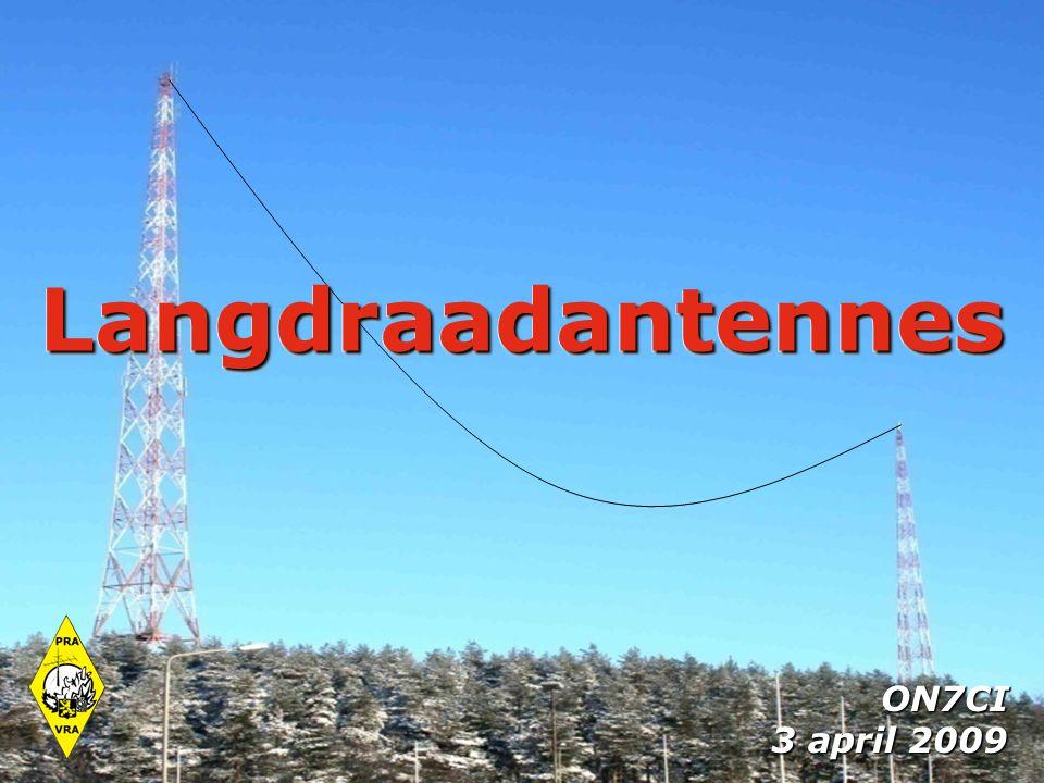 ImpedantieImpedantie aangepast zender Antenne impedantie moet aangepast zijn aan de zender (de voedingslijn ook)  Z moderne zender: 50 Ω  Z voedingslijn: 50 Ω (coax)  Z antenne: ????.