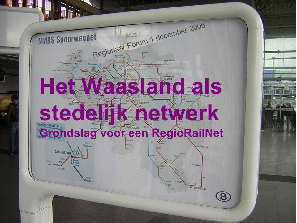 Ruimtelijke structuur : zingeving planning treindienst in en rondom het Waasland Het Waasland, onderdeel van de Vlaamse Ruit (1 dia) Ruimtelijke Structuurplan Oost-Vlaanderen (3) : Nederzettingsstructuur Economische structuur Open ruimte -, agrarische structuur- en toeristisch recreatieve structuur Lijninfrastructuur en mobiliteit Globale ontwikkelingsvisie Oost-Vlaanderen (1) E17-netwerk, stedelijk netwerk op provinciaal niveau (1) Enkele knooppunten in beeld (luchtfoto's) (8)