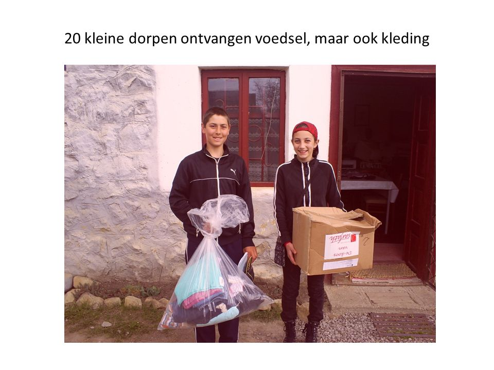 20 kleine dorpen ontvangen voedsel, maar ook kleding